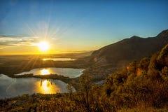 Coucher du soleil sur les lacs Photo stock