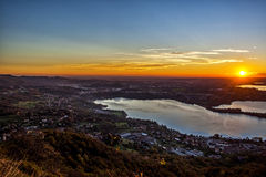 Coucher du soleil sur les lacs Images libres de droits