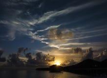 Coucher du soleil sur les Maldives Photo libre de droits
