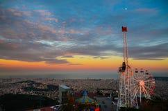 Coucher du soleil sur Tibidabo, Barcelone, Espagne Photographie stock