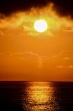 Coucher du soleil tropical Photo libre de droits
