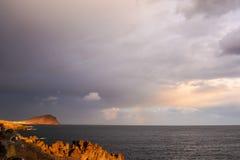 Coucher du soleil tropical de mer photo stock