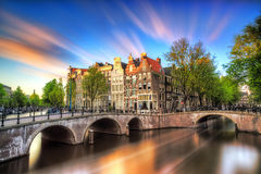 Coucher du soleil vibrant Amsterdam photo libre de droits