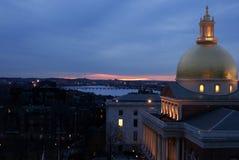 Coucher du soleil violacé de Boston photo libre de droits