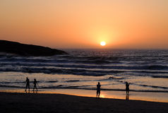 Couchers du soleil et Silouetes de Capetown Photo stock