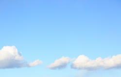 Couds в голубом небе Стоковые Фотографии RF