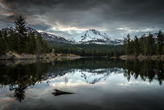 Coudy early morning, Manzanita Lake, Lassen Peak, Lassen Volcanic National Park Royalty Free Stock Photos