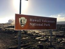 Écoulement de lave de Kalapana de volcan dans l'océan île Hawaï de lauea à KÄ «grande Photos stock