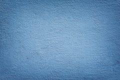 Couleur bleue peinte par mur de mortier images libres de droits