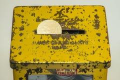 Couleur d'argent et d'or des pièces de monnaie malaisiennes Photo libre de droits
