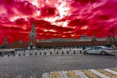 Couleur des nuages au-dessus de Kremlin Photographie stock