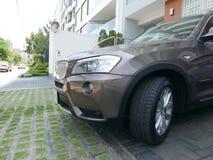 Couleur en bronze d'un lecteur 3 de BMW X3 5i à Lima Image stock
