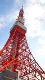Couleur rouge et blanche de tour de Tokyo Photos stock