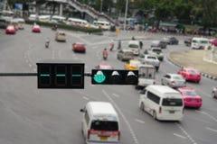 Couleur verte sur le feu de signalisation Image libre de droits
