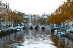 Couleurs amorties de Scape de canal d'Amsterdam Photos libres de droits