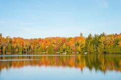 Couleurs d'automne au Québec, Canada Images stock