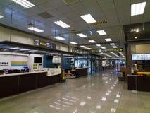 Couloir à l'intérieur d'aéroport de Taïpeh Songshan Images stock
