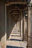 Couloir d'Angkor Wat Photographie stock libre de droits