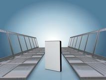 Couloir d'ordinateur portatif avec le cas de logiciel de DVD Image libre de droits