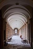 Couloir dans l'université de la reine, Oxford image stock