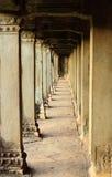Couloir dans un temple d'Ankor Wat Photos libres de droits