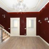 Couloir intérieur avec des portes Photo libre de droits