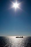 Counterlight de silhouette de bateau Images libres de droits