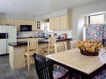 Country Kitchen. A nice kitchen makes for a happy home Royalty Free Stock Photography