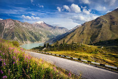 Country road in the mountains Stock Photography
