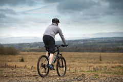 Country side cycling Royalty Free Stock Photography