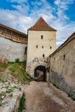 Countryard interno de la fortaleza de Rasnov, Rumania Imagen de archivo