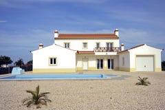 Countryhouse con la piscina en el Algarve en P Fotografía de archivo