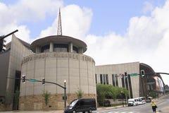 Countrymusiken Hall av berömmelse i Nashville Tennessee USA formade som ett flygpianotangentbord arkivfoton