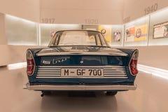 Coupé BMWs 700 - hinter lizenzfreie stockbilder
