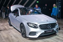Coupé di Mercedes-Benz E 220 d 4matic Fotografie Stock Libere da Diritti