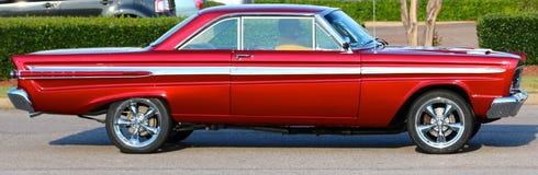 coupé di modello della due-porta della cometa di Mercury degli anni 50 immagini stock