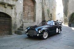 Coupé di visita di Ferrari 166 blu scuro, 1950, a Viterbo durante il Miglia 1000 Fotografia Stock