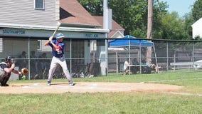 Coup de base-ball banque de vidéos