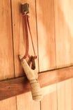 Coup de catapulte au-dessus de mur de Thaïlande photos libres de droits