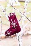 Coup de chaussettes les vêtements réchauffent photo stock