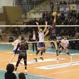 Coup spectaculaire de ‡ de Dragan StankoviÄ de joueur de volleyball, transitoire photographie stock libre de droits