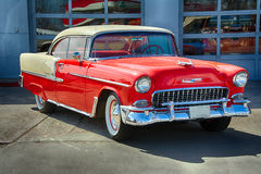 Coupe 1955 двери Aire 2 бела Шевроле Стоковые Изображения