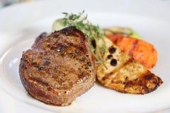 Coupe de mignon de filet de bifteck Photo libre de droits