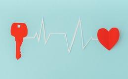 Coupe de papier de clé pour le coeur comme symbole de l'amour Image libre de droits