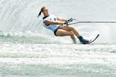 Coupe du monde 2009 de Putrajaya Waterski : Slalom de femmes Photographie stock libre de droits