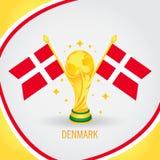 Coupe du monde de champion du football du Danemark 2018 - drapeau et trophée d'or Photos stock
