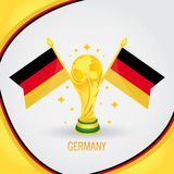 Coupe du monde de champion du football de l'Allemagne 2018 - drapeau et trophée d'or Image stock