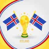 Coupe du monde de champion du football de l'Islande 2018 - drapeau et trophée d'or Photos stock