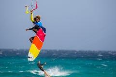 33 Coupe du monde de Fuerteventura 2018 Style libre sans bretelles de GKA Kitesurf 2018 07 21 Playa Sotavento Photographie stock
