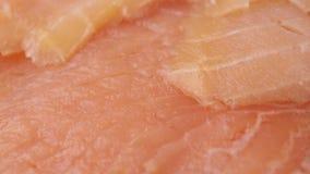 Coupe saumonée en tranches minces clips vidéos